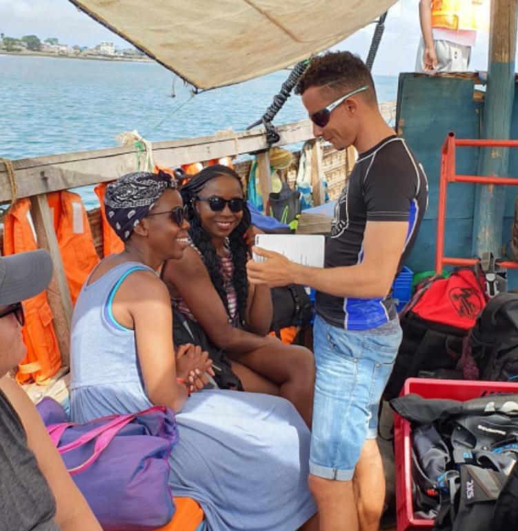 kisite marine park customer service
